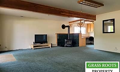Living Room, 10333 Newtown Rd, 1