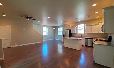 Living Room, 2505 W Cripple Creek Dr, 0