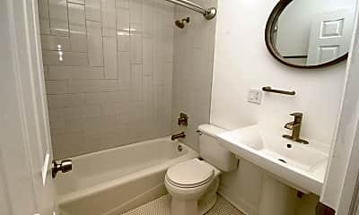 Bathroom, 4950 S King Dr, 2