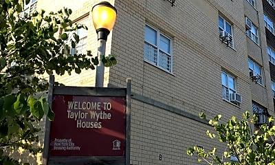 Taylor Street - Wythe Avenue Houses, 1