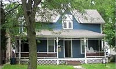 Building, 1041 Kentucky St, 2
