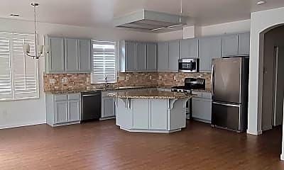 Kitchen, 1650 solaro, 1