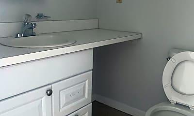 Bathroom, 5600 Germantown Ave, 2