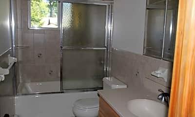 Bathroom, 5 Lylewood Dr, 2