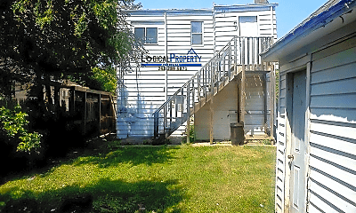 Building, 7228 Chalmers Ave, 1