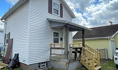 Building, 628 Sidney St, 2
