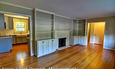Living Room, 3106 Dixon Rd, 1