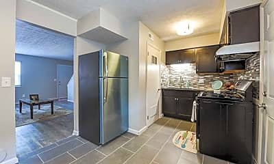 Kitchen, 2414 Timber Trail Dr S, 1