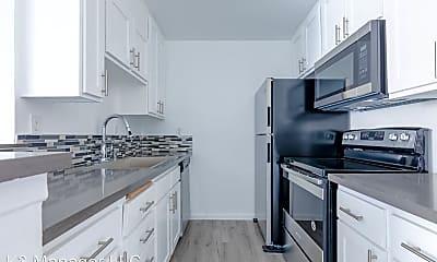 Kitchen, 300 W Ave 37, 1