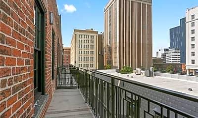 Building, 419 Carondelet St 404, 1