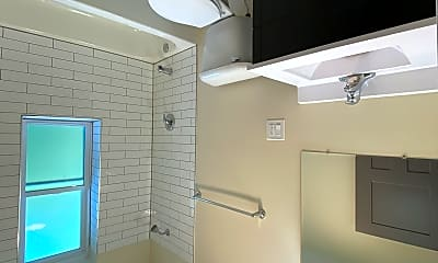 Bathroom, 1534 S Komensky Ave, 0