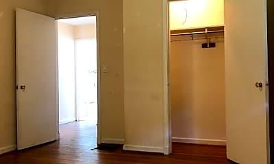 Bedroom, 49 E Henderson Rd, 2