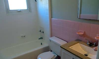 Bathroom, 228 Linden St, 2