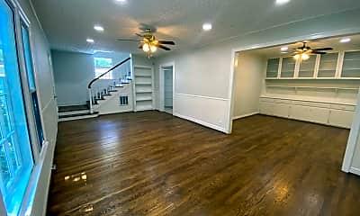 Living Room, 824 E 30th St, 0
