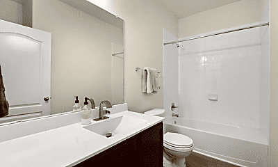 Bathroom, 124 Charing Cove, 1