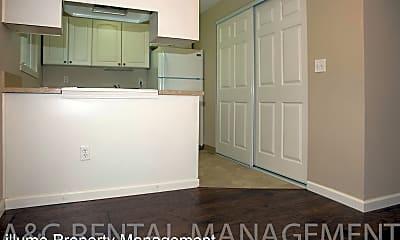 Kitchen, 2218 SE Courtney Ave, 0
