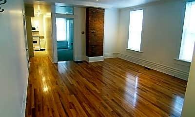 Living Room, 513 S Lazelle St, 0
