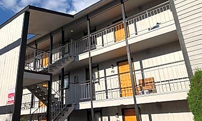 Amberwood Club Apartments, 1