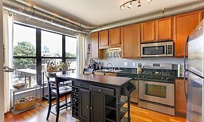 Kitchen, 15 E Franklin Ave 212, 0