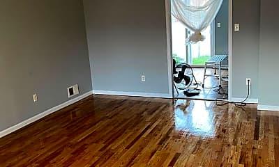 Living Room, 69 Railroad Ave, 1