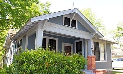 Building, 402 W Alamo St, 1