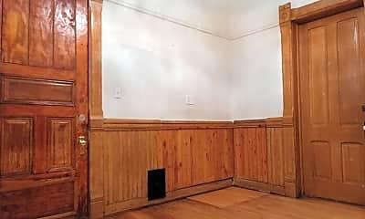 Bedroom, 303 E Lloyd St, 2