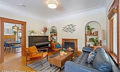 Living Room, 1508 Arch St, 0