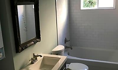 Bathroom, 1528 Joliet St, 2