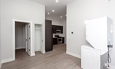 Bedroom, 818 W 18th 1R, 1
