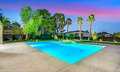 Pool, 1700 Silver Oaks St, 2