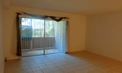 Patio / Deck, 805 SW 30th St, 1