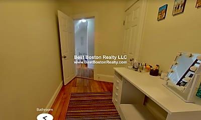 Living Room, 305 Summer St, 1