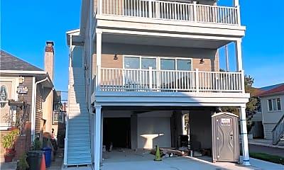 Building, 73 Georgia Ave, 2