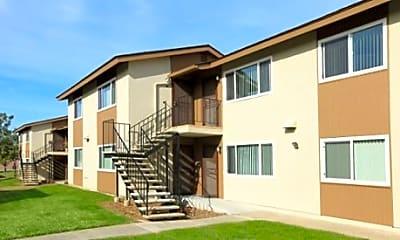 Parkwood Village Apartment Homes, 2