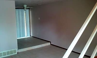 Living Room, 3615 N Tulsa Ave, 1