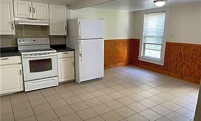 Kitchen, 27 Quinnipiac Ave 2, 1
