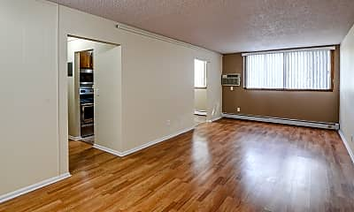 Living Room, Burnsville Pointe Apartments, 1