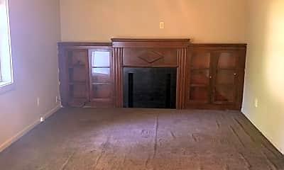Living Room, 807 Jones St, 1