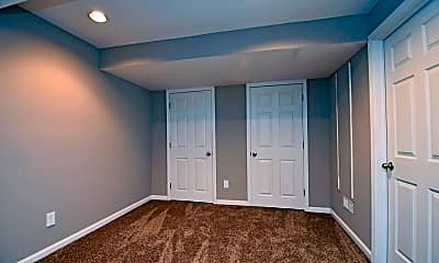Bedroom, 9945 Hunters Ridge, 2