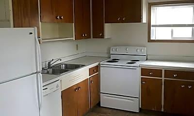 Kitchen, 605 4th St NE, 1