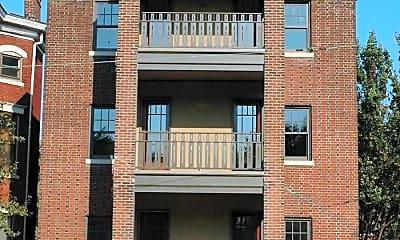 Building, 105 E Oak St, 0