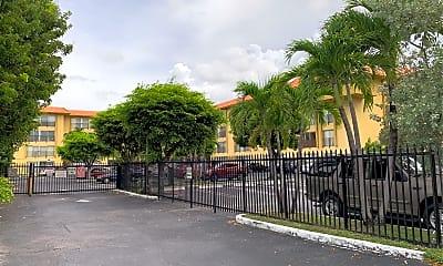 Coral Park Apartments, 1