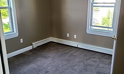 Living Room, 81 Hamlet St, 2