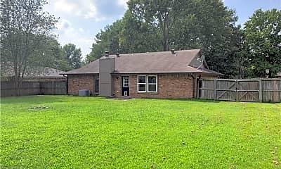 Building, 1007 N Westridge Ln, 2