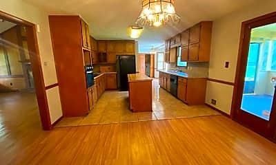 Living Room, 4209 Orchard Entrance, 2