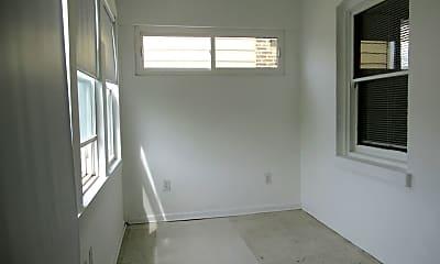 5109 W Schubert Ave 2, 2