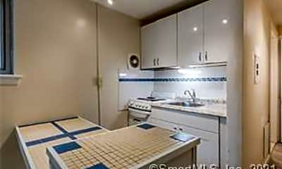Kitchen, 132 Edwards St 1A, 1