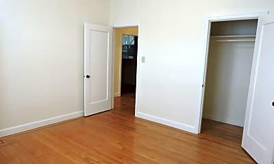 Bedroom, 365 Guerrero St, 2