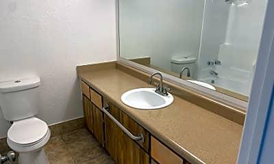Bathroom, 1920 N 32nd St, 1
