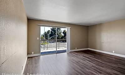 Living Room, 4001 Nicolet Ave, 1